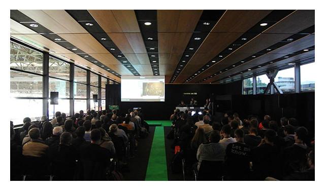 Smarthome awards 2013 l 39 exemplarit r compens e sur le salon de la domotique int gr - Salon de la domotique 2015 ...