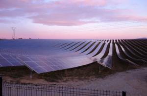Des projets de super centrales photovoltaïques sont à l'étude.