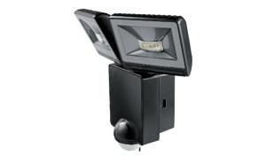 Modèle : Luxa 102 LED 16 W 3000 K Réf. : Luxa 102-140 LED 16 W W Prix indicatif : 199,44 € HT Disponibles en blanc et noir