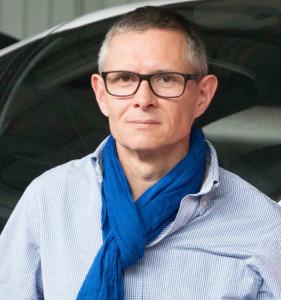 Pascal LOIRÉ Depuis 30 ans dans le métier de l'éclairage, Pascal Loiré est dirigeant de la société Intension créée en 2002 et spécialisée dans la conception et la distribution de solutions éclairage. © Hélène Loiré. À Paris ou Ailleurs.