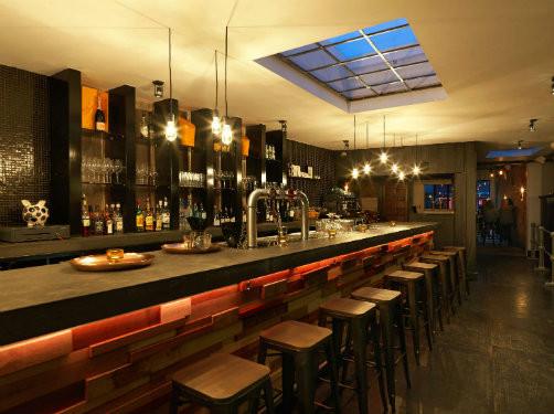 Clairage des caf s bars et restaurants fili re 3e - Eclairage bar cuisine ...