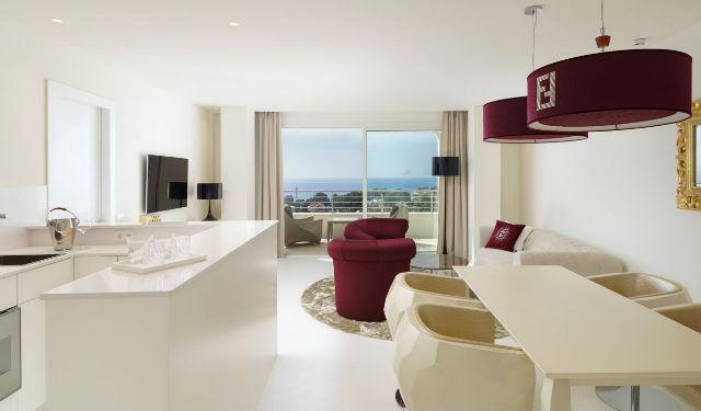 Hotellerie zennio quipe un impressionnant h tel for Hotel design majorque