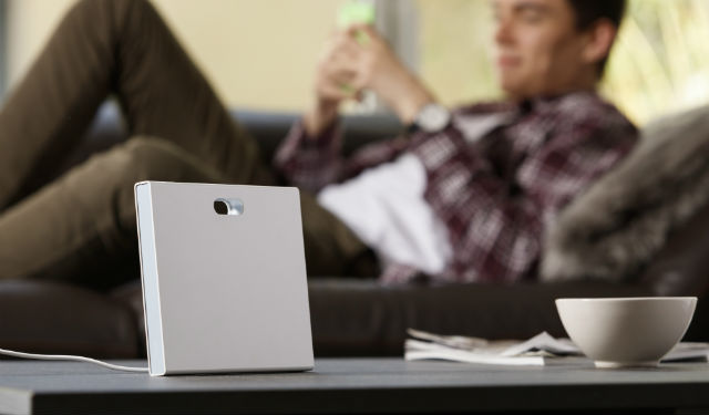 Le design sobre et fluide du contrôleur connecté coviva lui permet de trouver parfaitement sa place dans les différents intérieurs.