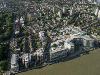 © Trilux – Maître d'ouvrage Foster + Partners – Objet immobilier Immeuble de bureaux, Albert Bridge House, Londres (Royaume Uni) – Luminaires installés Inplana LED Quad LED d'Oktalite – Système de gestion d'éclairage LiveLink