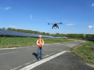 Contrôle du drone par le pilote.