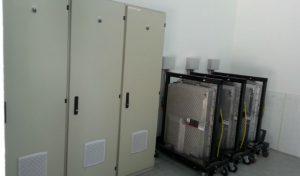 Une capacité de stockage garantie de 11 kWh par batterie.