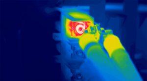 Réalisation d'un contrôle thermographique des installations électriques