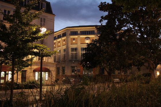 © Atelier S². Maître d'ouvrage : ville de Vincennes, direction de l'espace public et cadre de vie – Installateurs : Citelum et Satelec – Matériel d'éclairage : ABAK MEYER - CJCJ - KKDC