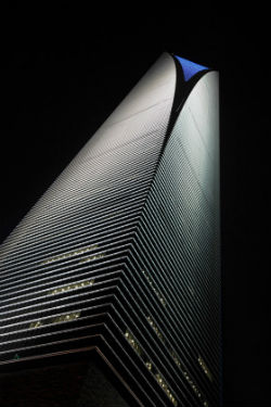 Shanghai World Financial Center – Lighting design Motoko Ishii