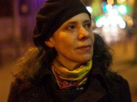 © DR Agnès BOVET-PAVY étudie le cinéma avant d'entreprendre un DESS de gestion des entreprises culturelles à l'université de Dauphine. Elle se lance dans la réalisation après avoir été assistante de production dans l'audiovisuel et distributrice de films documentaires. Lumières sur la Ville, qui sera diffusé courant 2018 sur Arte, est son premier film en tant que réalisatrice.