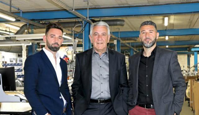 De gauche à droite : Stéphane Ragni, directeur commercial France, Marcel Ragni président, Jean-Christophe Ragni, directeur export