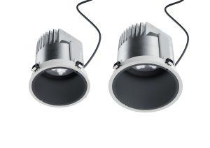 Les nouvelles tailles 8 et 10 des downlights élargissent la gamme Atrium à double foyer de ERCO. Elles offrent des flux lumineux particulièrement élevés pour les pièces de dimensions inhabituelles. © ERCO